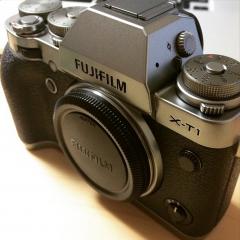 FUJIFILM X-T1 グラファイトシルバーエディション購入レビュー